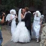 Мимы ангелы на свадьбе