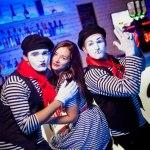 Мимы в клубе 1
